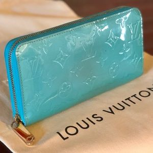 🎀Louis Vuitton Zippy wallet